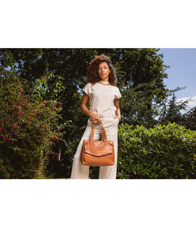Burkely 1000027.84.24 Just Jackie handbag M cognac