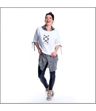 Sneakerdress 21SS012 Sweater print white