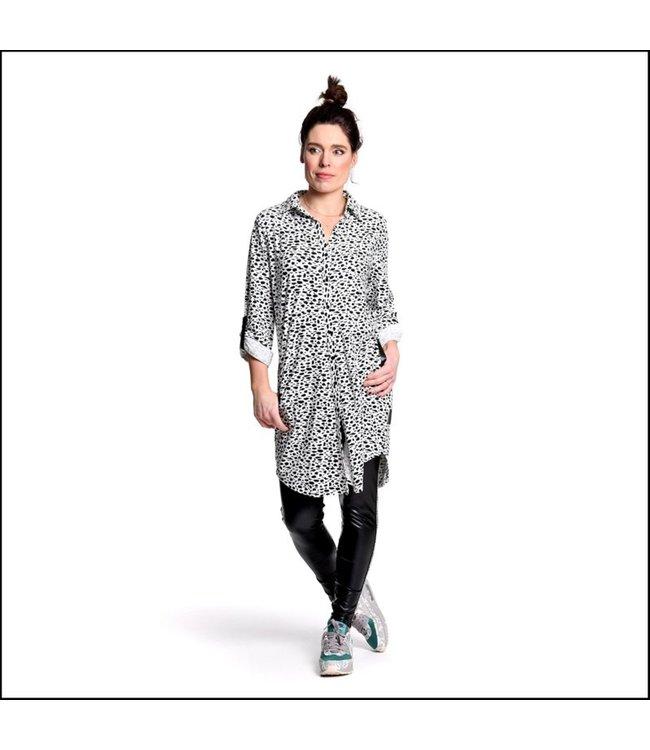 Sneakerdress 21SS020 Dress button and belt dots