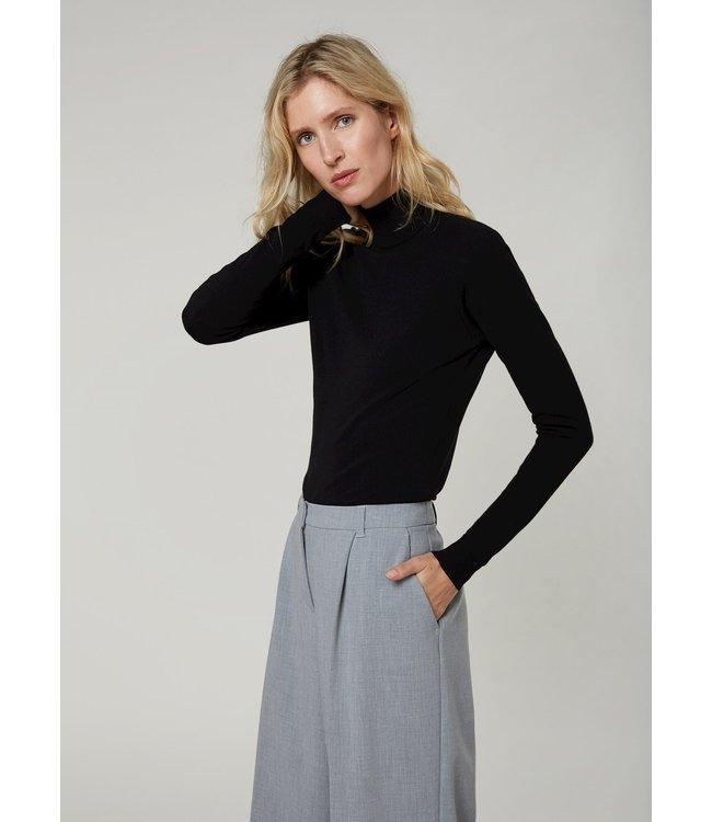 Summum Woman 7s5529-7830  Turtle neck sweater basic knit