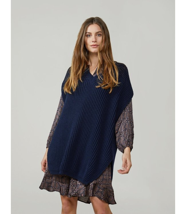 Summum Woman 7s5614-7842  Sleeveless V-neck sweater wool acrylic knit