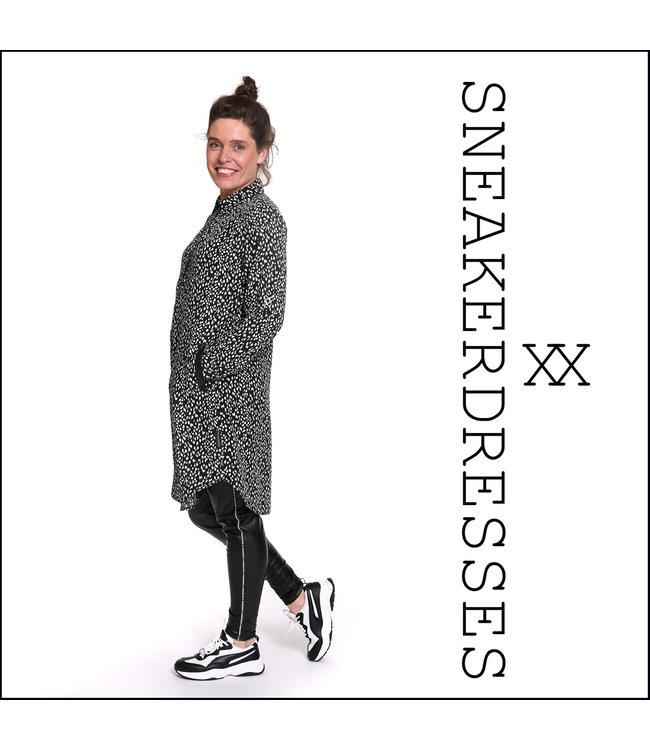 Sneakerdresses 21AW020-A  Dress button dots