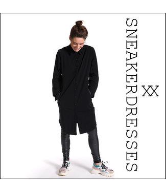 Sneakerdresses 21AW020  Dress button black