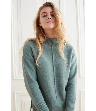 YAYA 1000493-123-darkforrestgreen  Sweater with vertical seam at front body