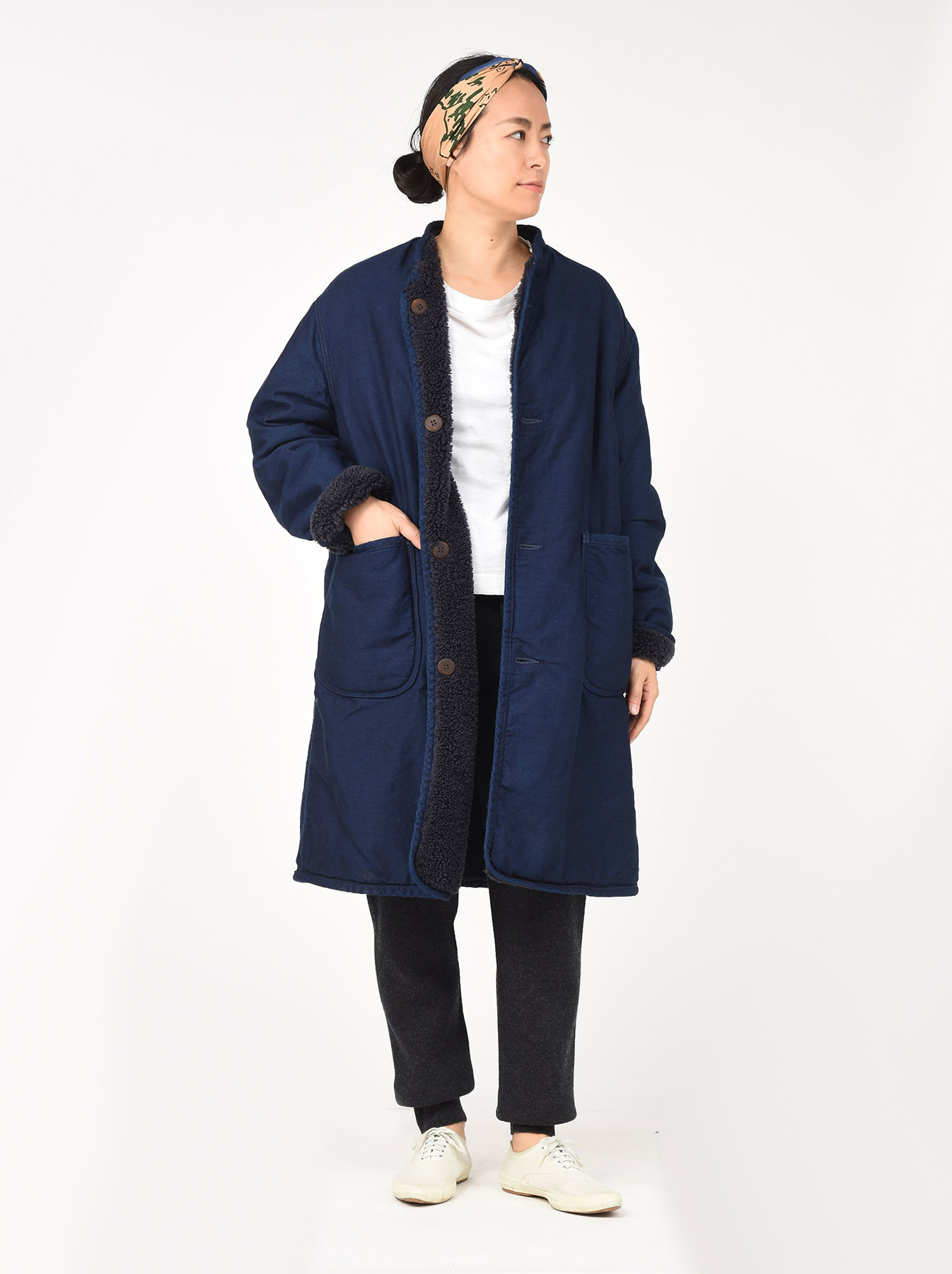 Indigo Mugi Yoko-shusu Sheep Boa 908 Coat-2
