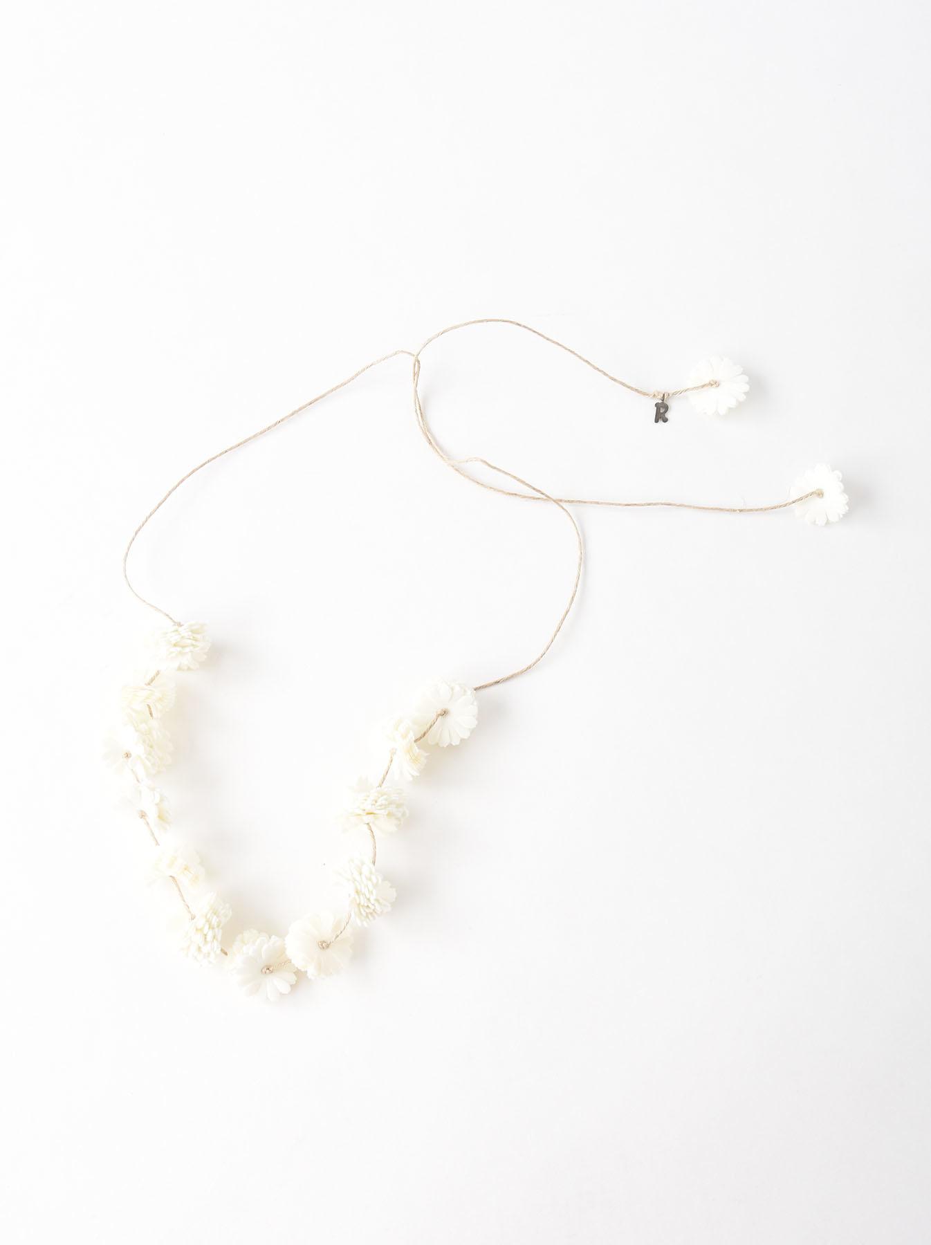 Felt Flower Necklace-1