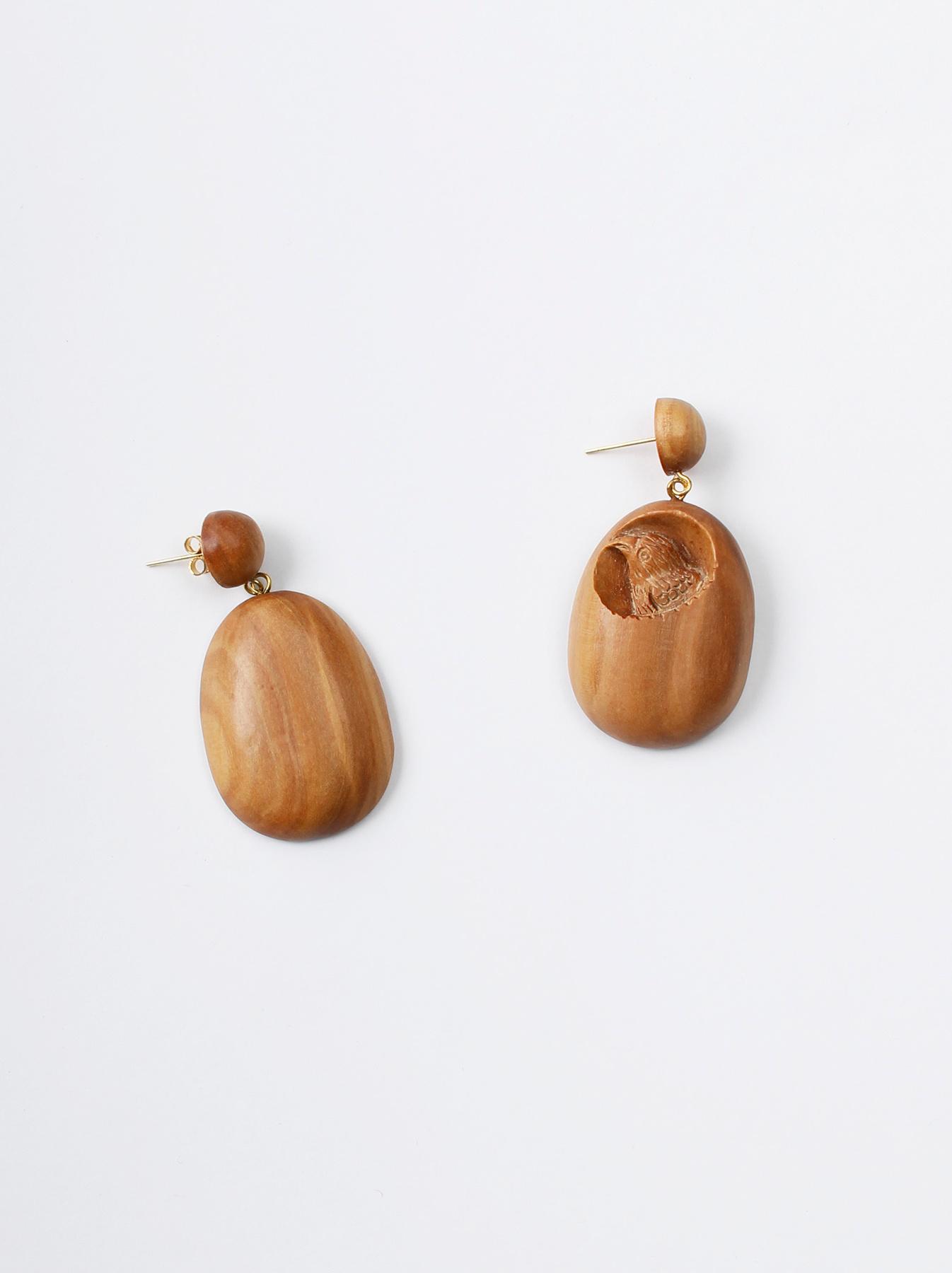 WH Sandalwood Oval Earrings-1
