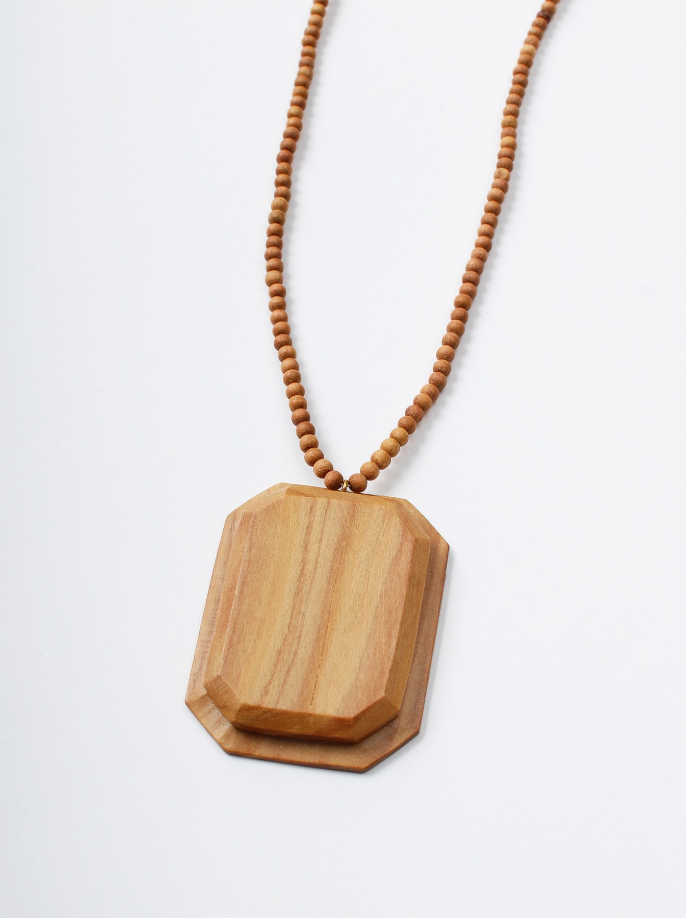 WH Sandalwood Octagon Necklace-1