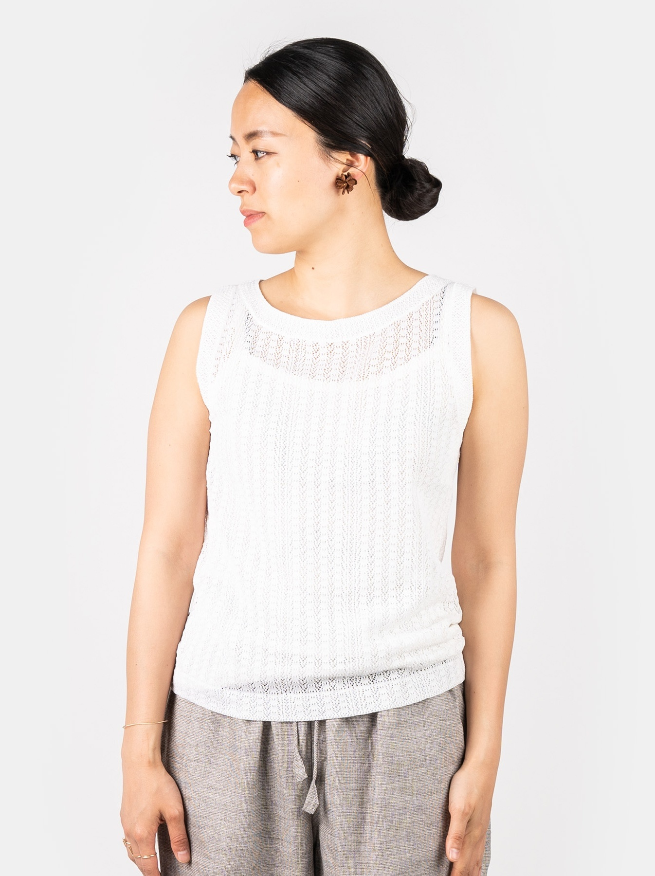 WH Gima Knit Lace Sleeveless Top-3
