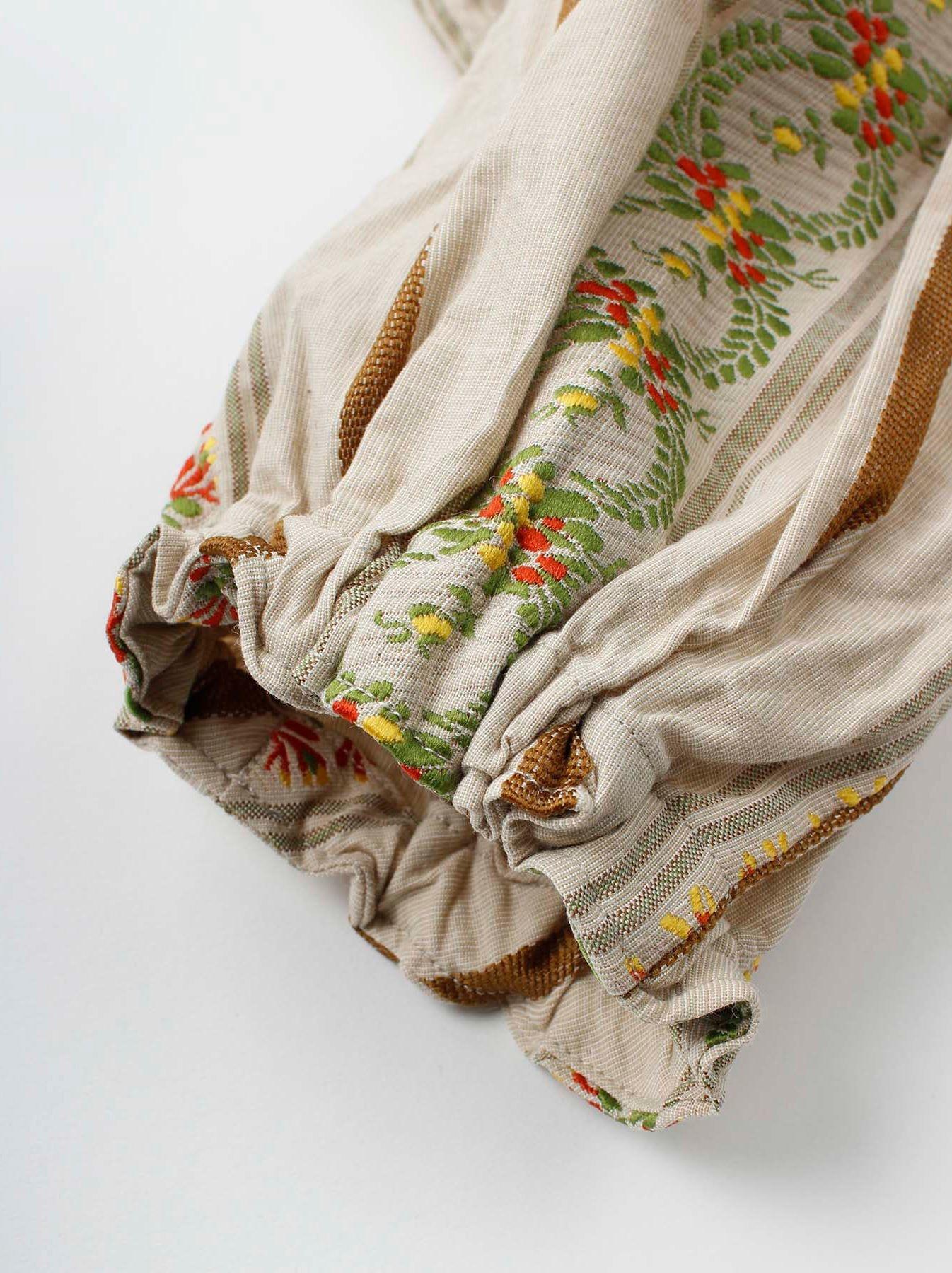 WH Hakeme Flower Jacquard Dress-7