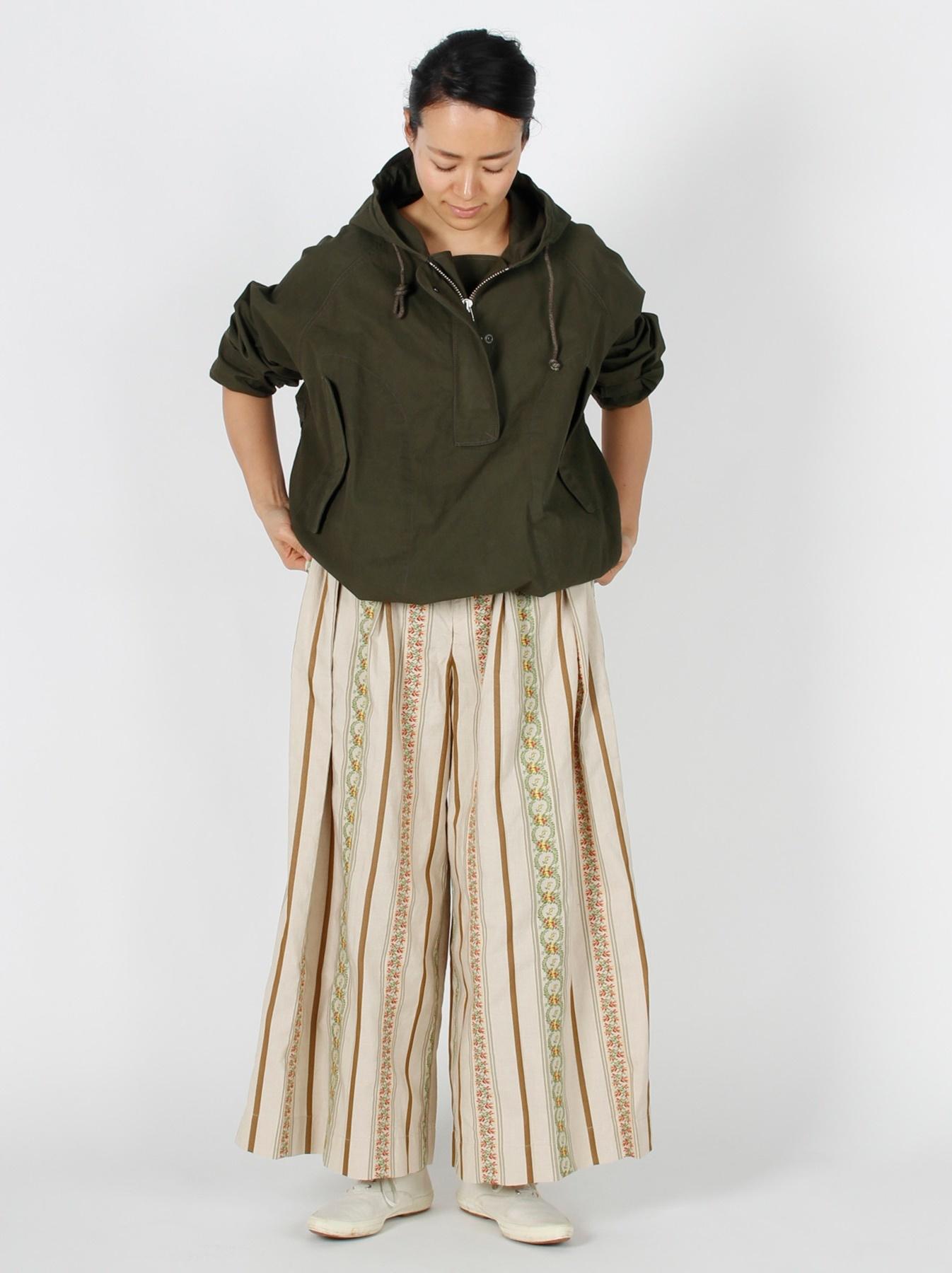 WH Hakeme Flower Jacquard Pants-7