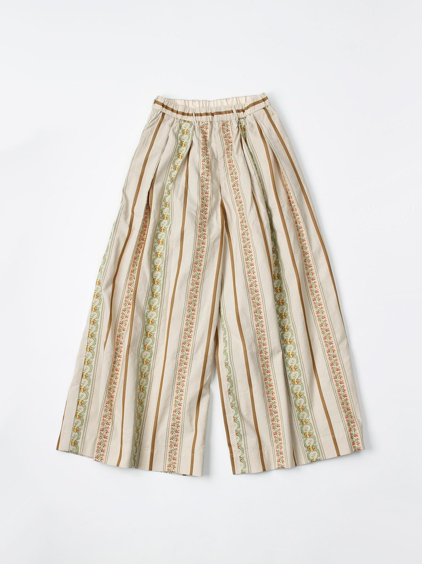 WH Hakeme Flower Jacquard Pants-1