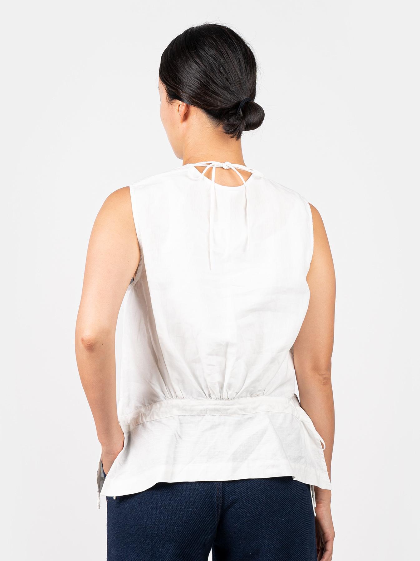 WH Linen Sleeveless Tuck Blouse-5