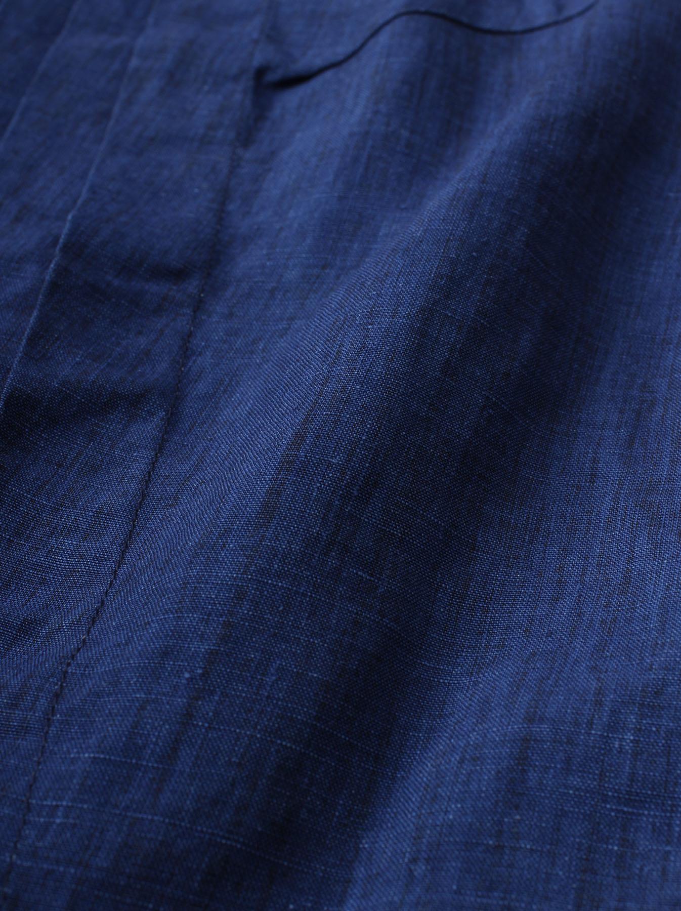 WH Indigo Linen Sleeveless Tuck Blouse-12