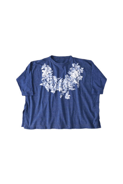 Distressed Indigo Lei Lei Print Big Slit T-shirt (0621)