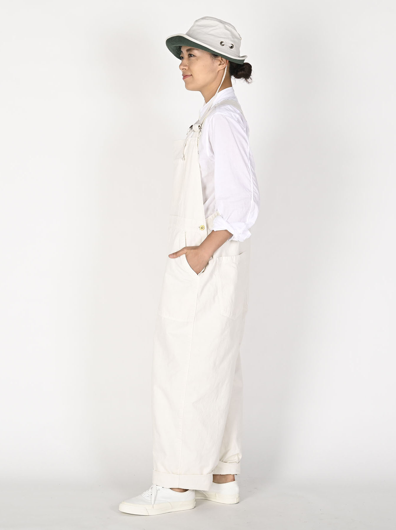 Yacht White 908 Smock-all-3