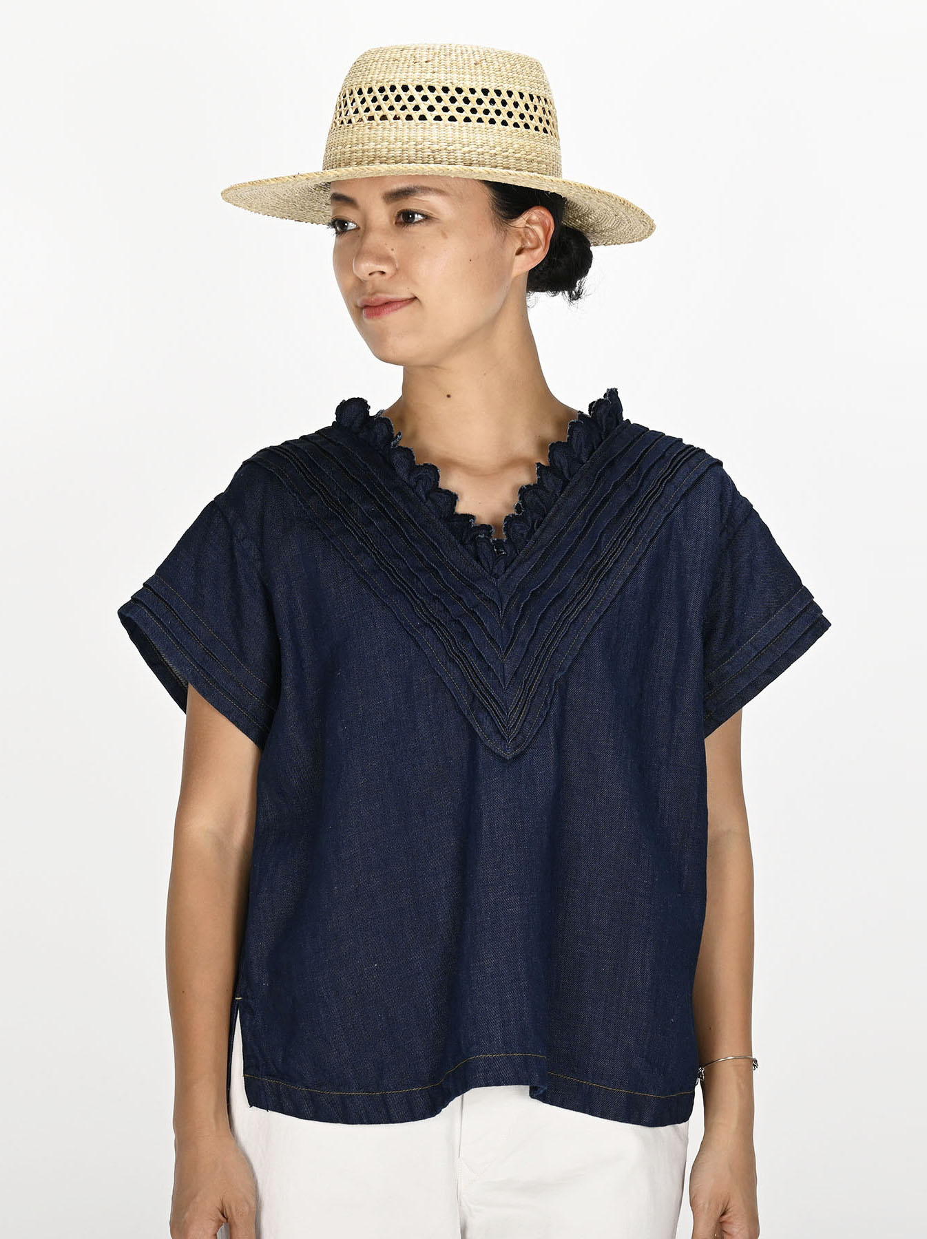 Komugi Denim Tuck Lace T-shirt-2
