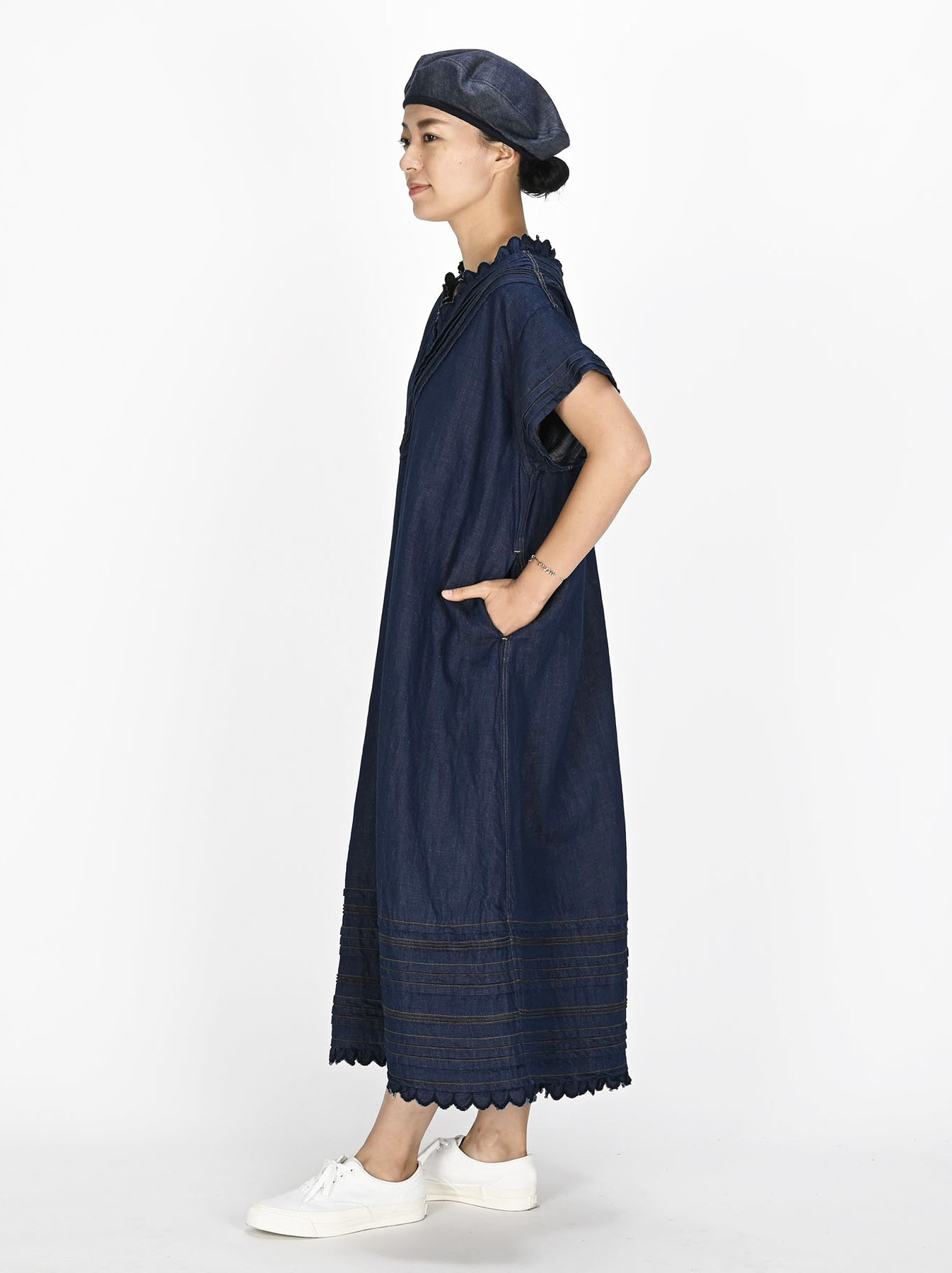 Komugi Denim Tuck Lace Dress-4