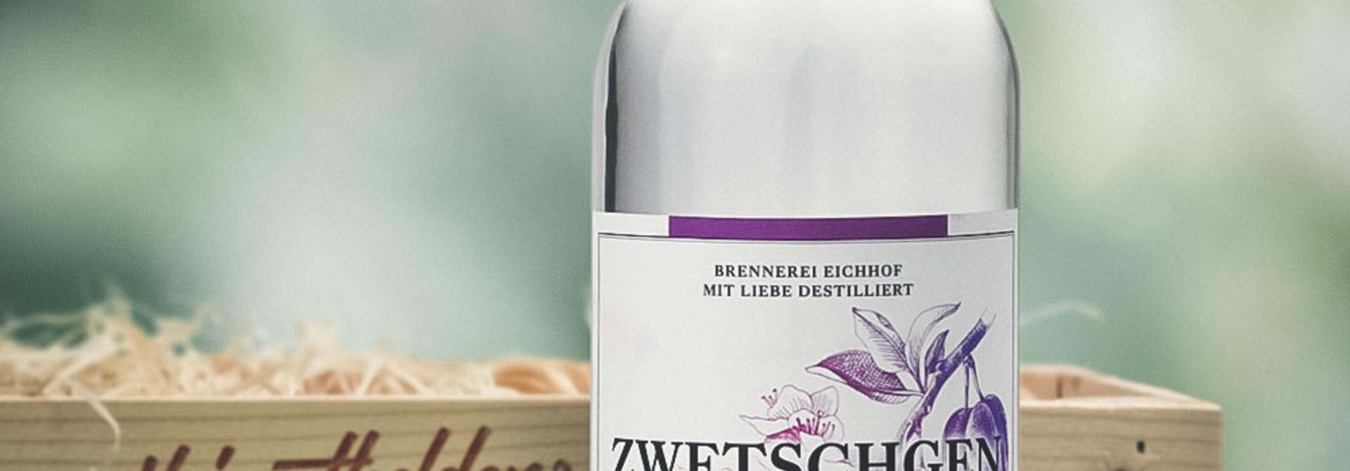 Zwetschgen Wasser 70cl in attraktiver Geschenk-Holzharasse