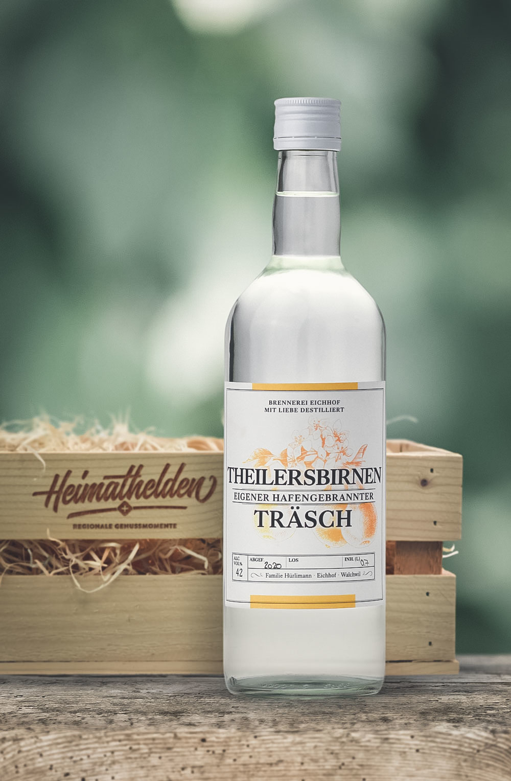 Theilersbirnen Träsch 70cl in stilvoller Geschenk-Holzharasse-1