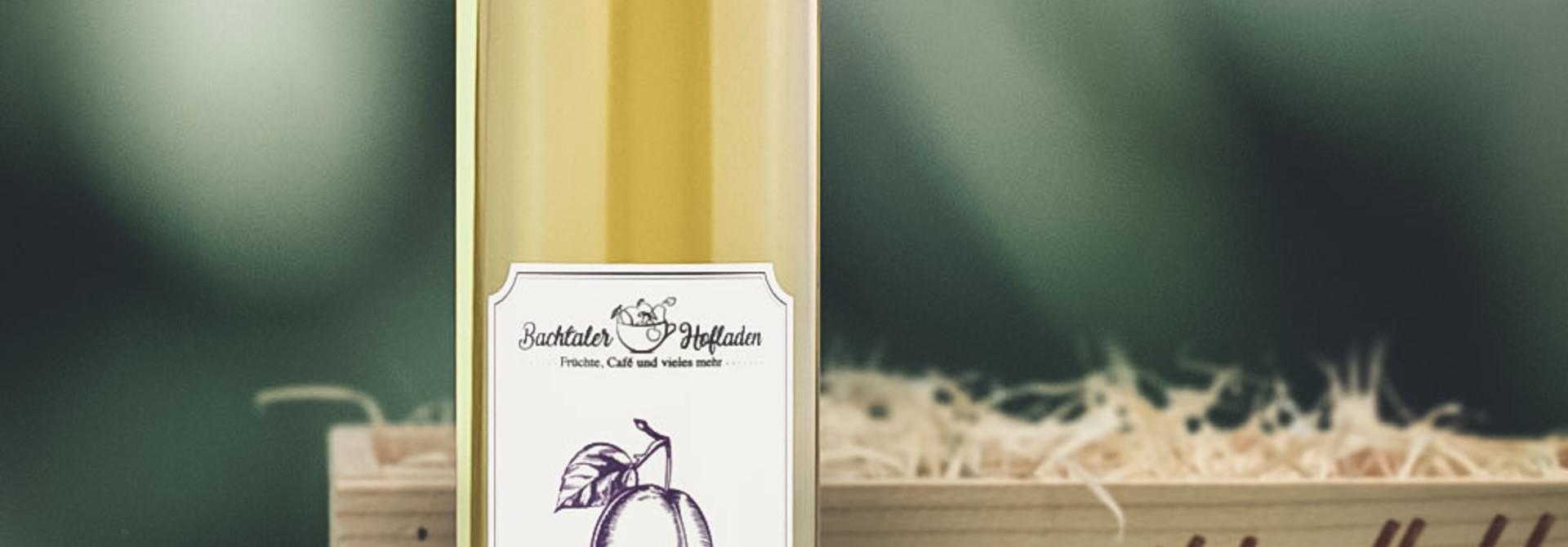 Vieille Prune 50cl in dekorativer Geschenkharasse