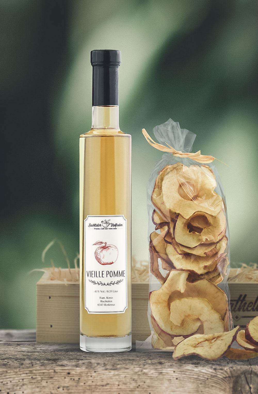 Vieille Pomme 35cl mit Apfelringen in Holzarasse-1