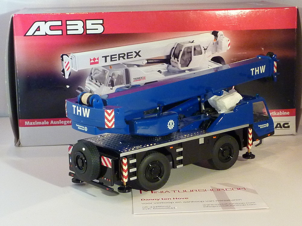 NZG NZG Terex AC35 kraanwagen THW