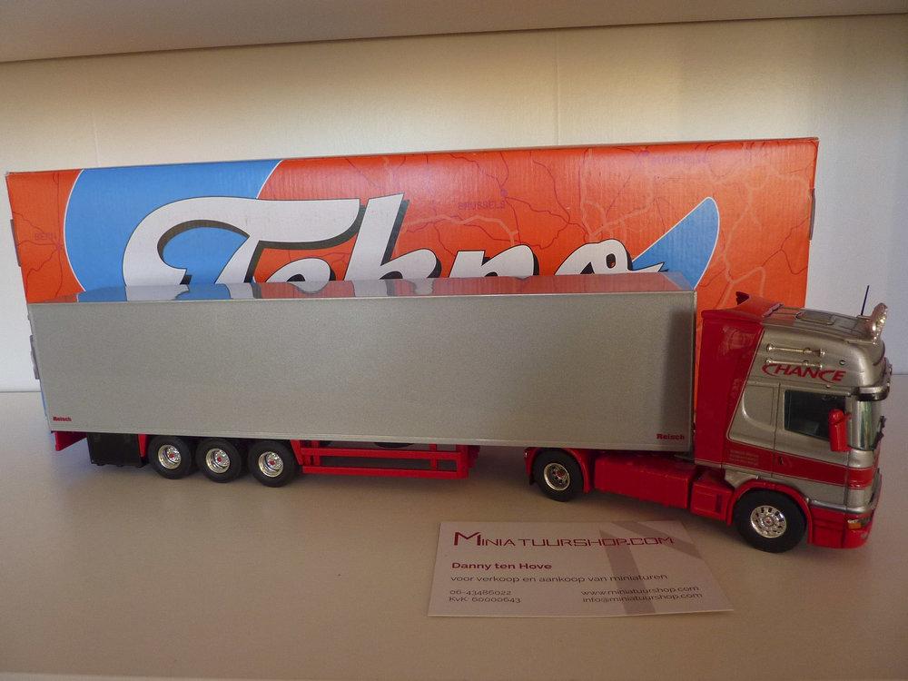 Tekno Tekno Scania 164L/480 met gesloten oplegger Chance Duitsland