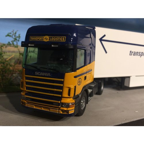 Tekno Tekno Scania 124/400 ASG with refrigerated trailer