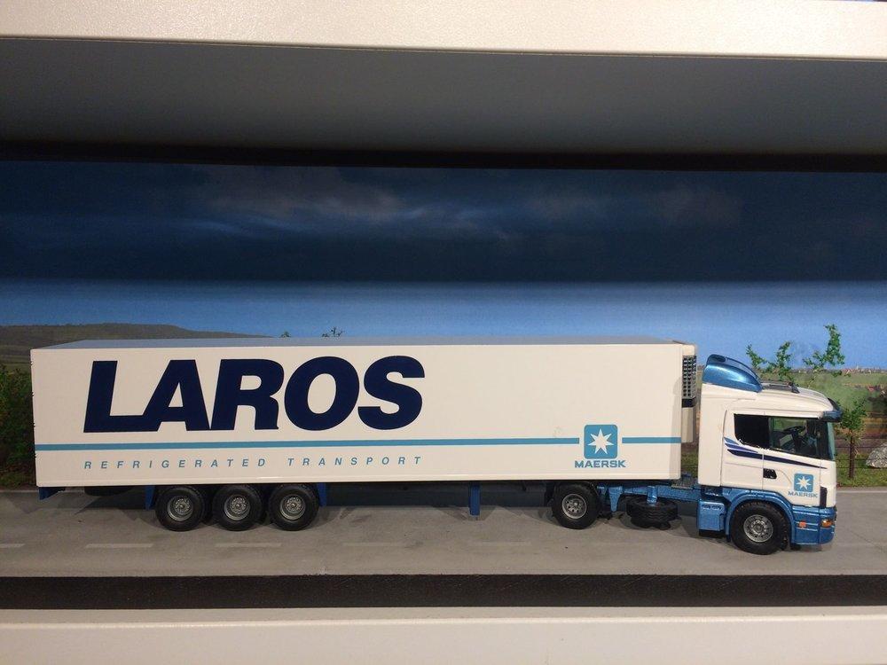 Tekno Tekno Scania 124L/400 met koeloplegger Laros
