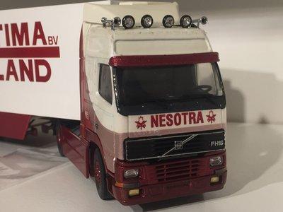 Tekno Tekno Volvo FH16 met koeloplegger Nesotra