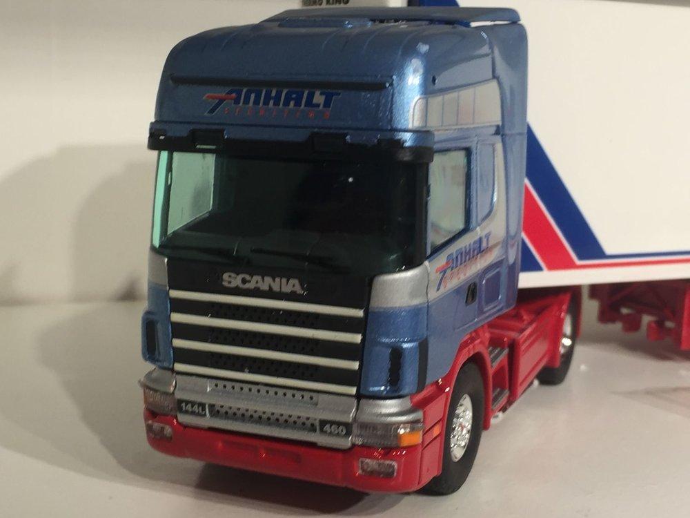 Tekno Tekno Scania 144L met koeloplegger Anhalt