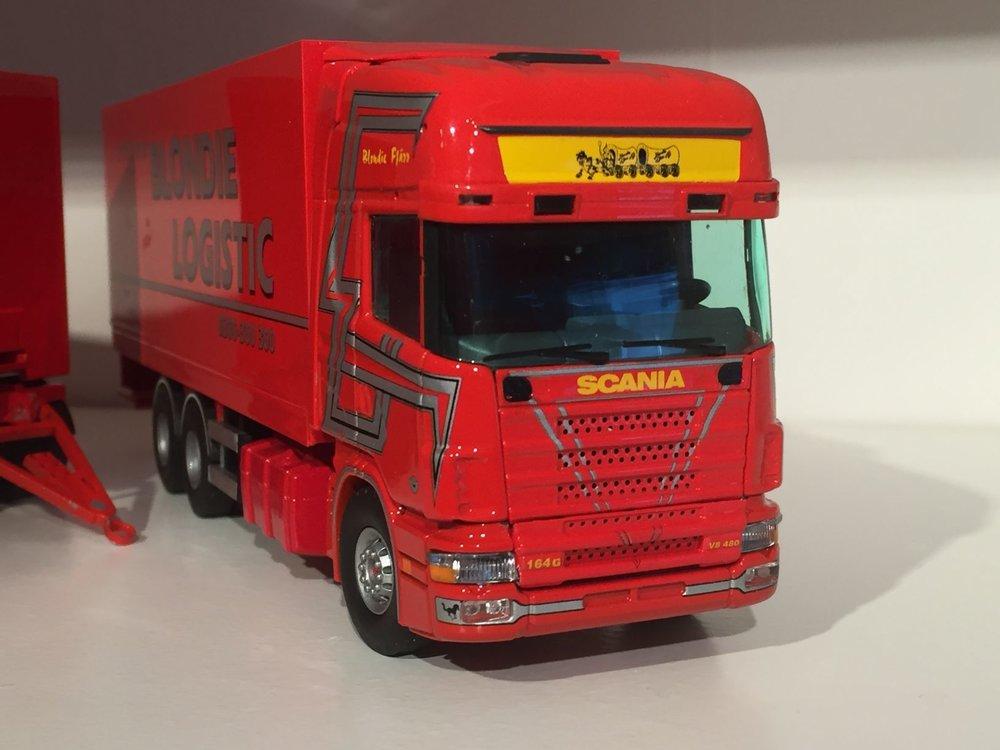 Tekno Tekno Scania 164G Zweedse LZV combinatie  Blondie Logistic