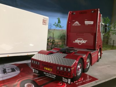 Tekno Tekno Scania S highline 6x2 met koeloplegger Hejne Moller Denmark