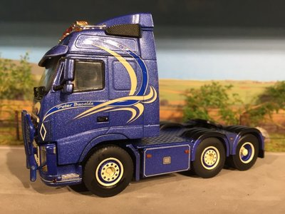 WSI WSI Volvo FH03 6x2 single truck Peter Buwalda