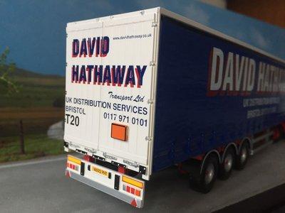 Tekno Tekno Scania 124L/400 met schuifzeilenoplegger David Hathaway UK
