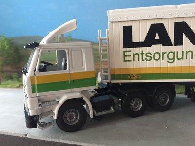 Tekno Tekno Scania 113M met cargo floor oplegger Landers