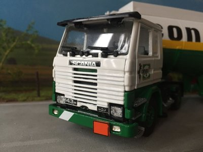 Tekno Tekno Scania 143M with tank trailer API