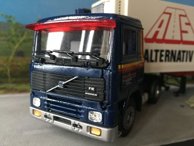 Tekno Tekno Volvo F12 with refrigerated trailer Europa Frakt / ATS Sweden