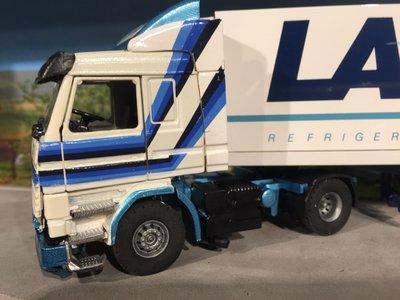 Tekno Tekno Scania 143M/ 450 met koeloplegger Laros