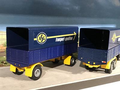 Tekno Tekno Volvo F89 6x2 voorwagen met 2-as huifoplegger ASG