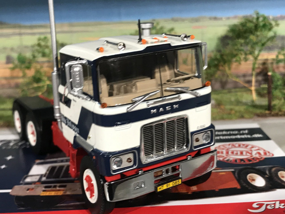 Tekno Tekno Mack F700 6x4 single truck Kim Johansen Denmark