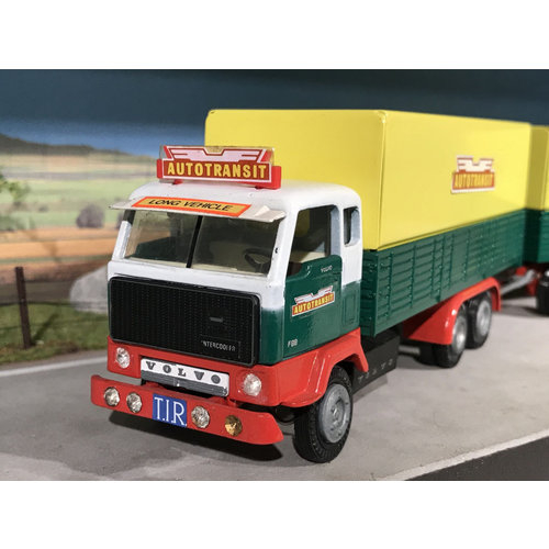 Tekno Tekno Volvo F89 6x2 front carriage with trailer Autotransit Sweden