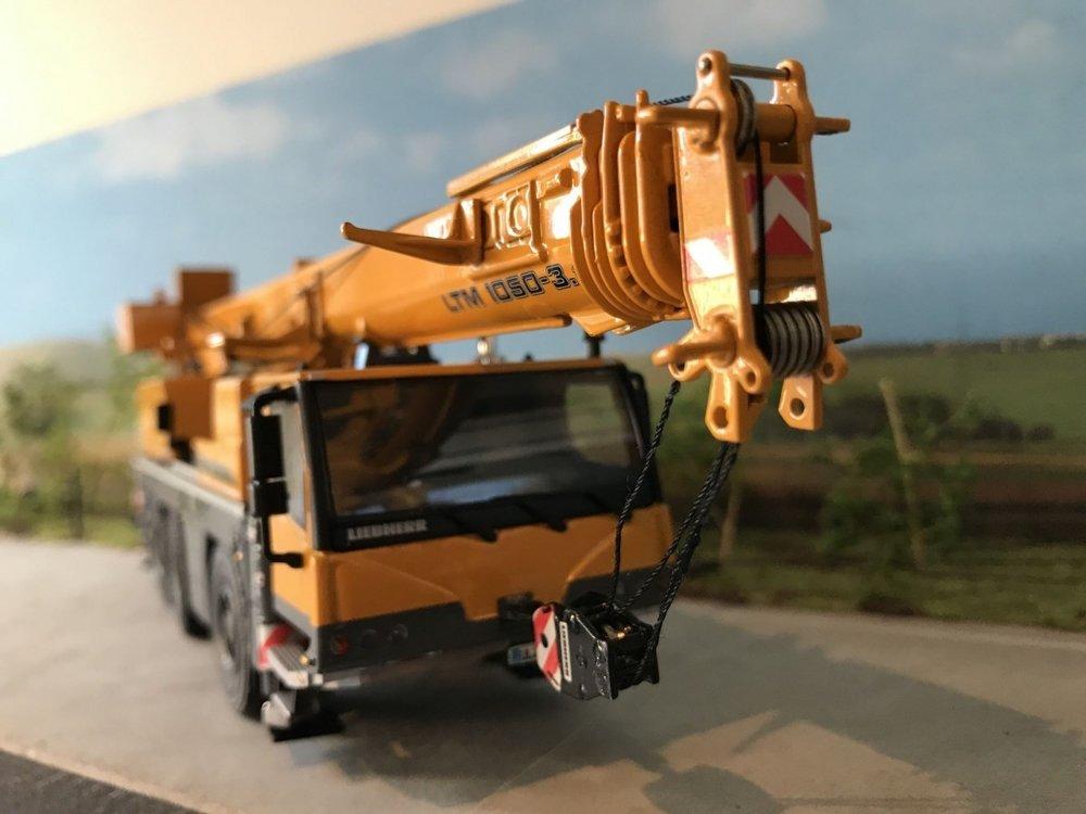WSI WSI Liebherr LTM 1050-3.1 kraanwagen basis model