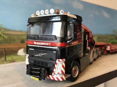 Mammoet store WSI Volvo FH04 sleeper cab 8x4 + semi lowloader Mammoet