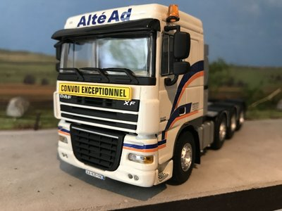 WSI WSI DAF 105XF 8x4 single truck Altéad