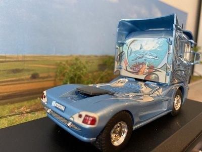 Tekno Tekno Scania 4-serie 4x2 single truck Semtrade Svempas - Sharks