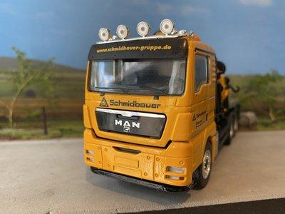 Conrad Modelle Conrad MAN TGX 3-axle box truck with Palfinger crane single truck Schmidbauer