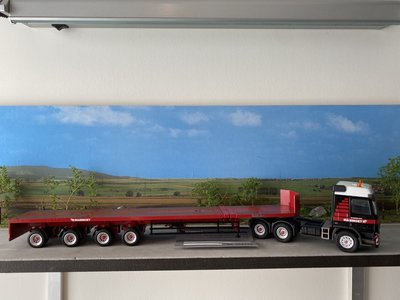 Mammoet store Conrad Mercedes Actros with goldhofer trailer