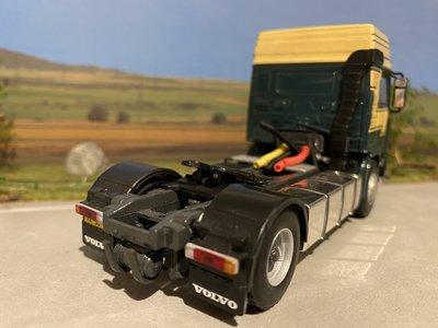 WSI WSI Volvo F12 4x2 single truck Guntrans Vleuten